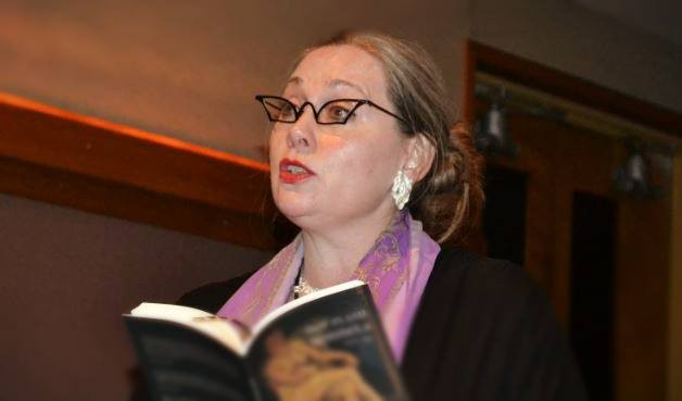 Professor Moira Egan Featured in Poesia, a Prestigious Poetry Journal