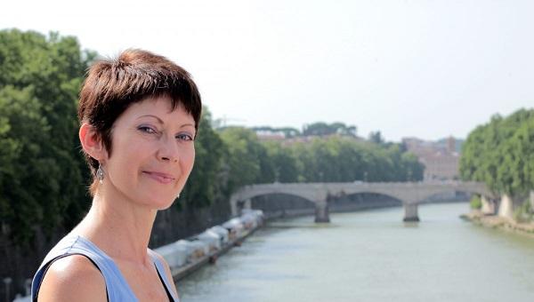 JCU Professor Lila Yawn Speaks at the International Congress