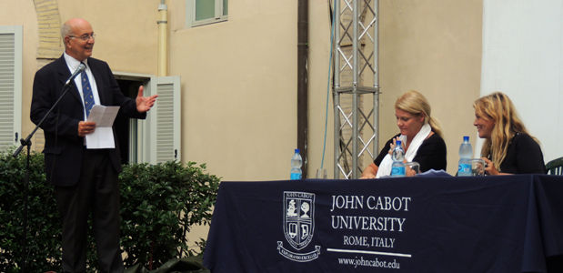 JCU President Franco Pavoncello , Helen Romana Viola (left) and Oria Gargano (right) at the Working Women in Italy event