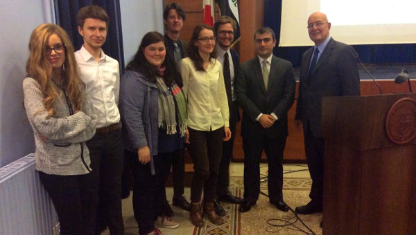 Members of the IRS, the Ambassador and President Pavoncello after the lecture