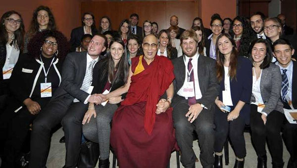 His Holiness the Dalai Lama with members of the workshop for young leaders at the World Summit of Nobel Peace Prize Laureates in Rome