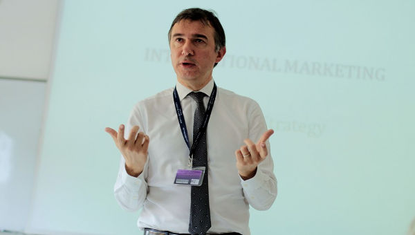 Federico Foti, Brand Director at Trussardi, Gives Guest Lecture to Professor Paganini's International Marketing Class