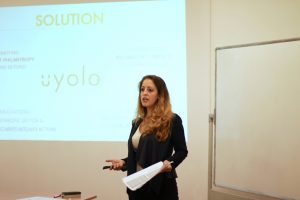 Alessandra Gargiulo presents Uyolo to the class