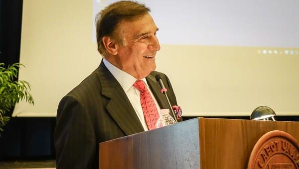 Tony Lo Bianco visits JCU