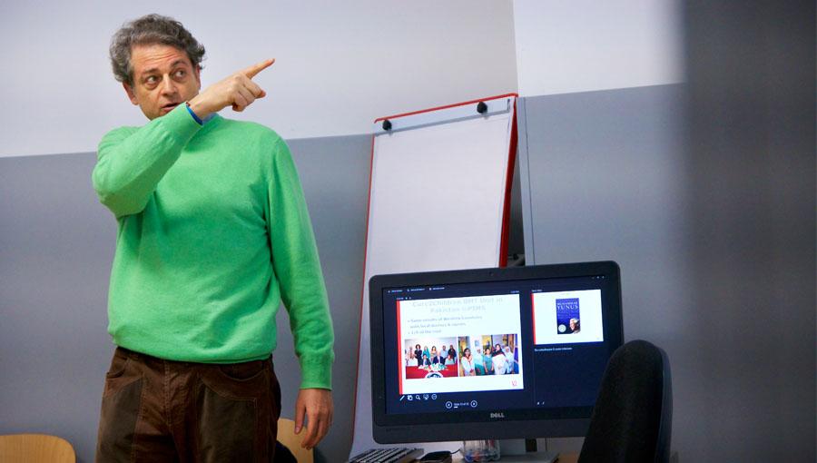 Professor La Mesa presenting on CureThalassemia