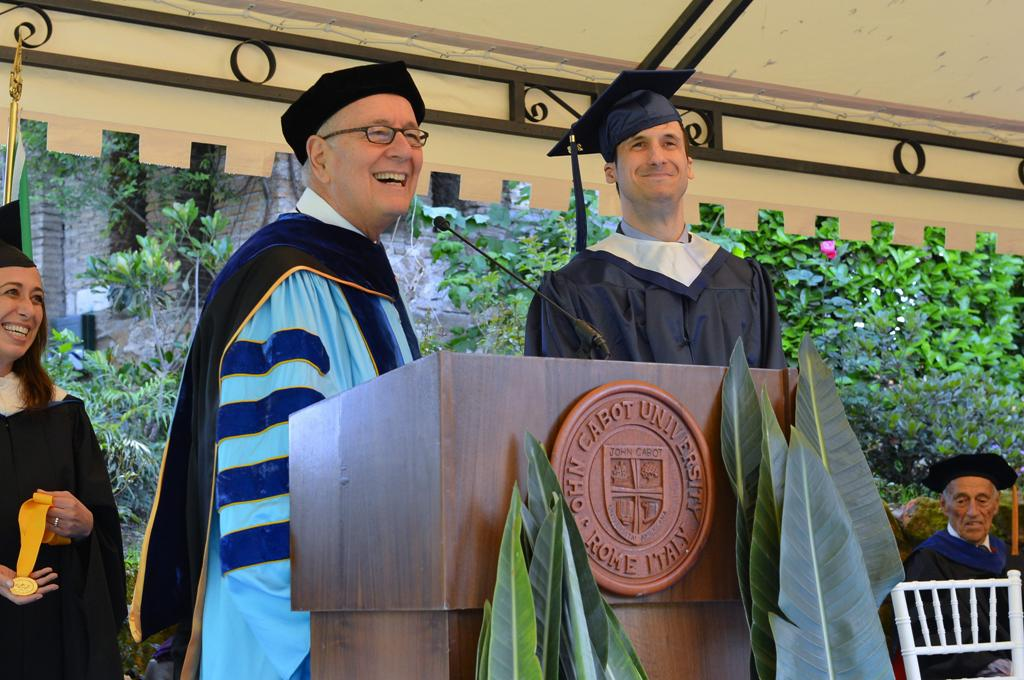 From left: President Franco Pavoncello and Valedictorian Flavio Garinei