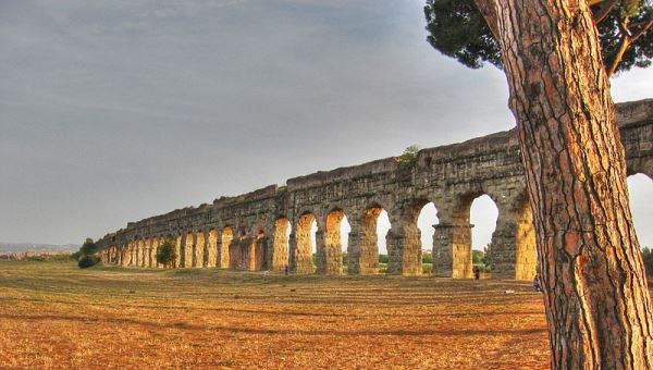 JCU Hosts Conference on Ancient Aqueducts, Baths and Sewers