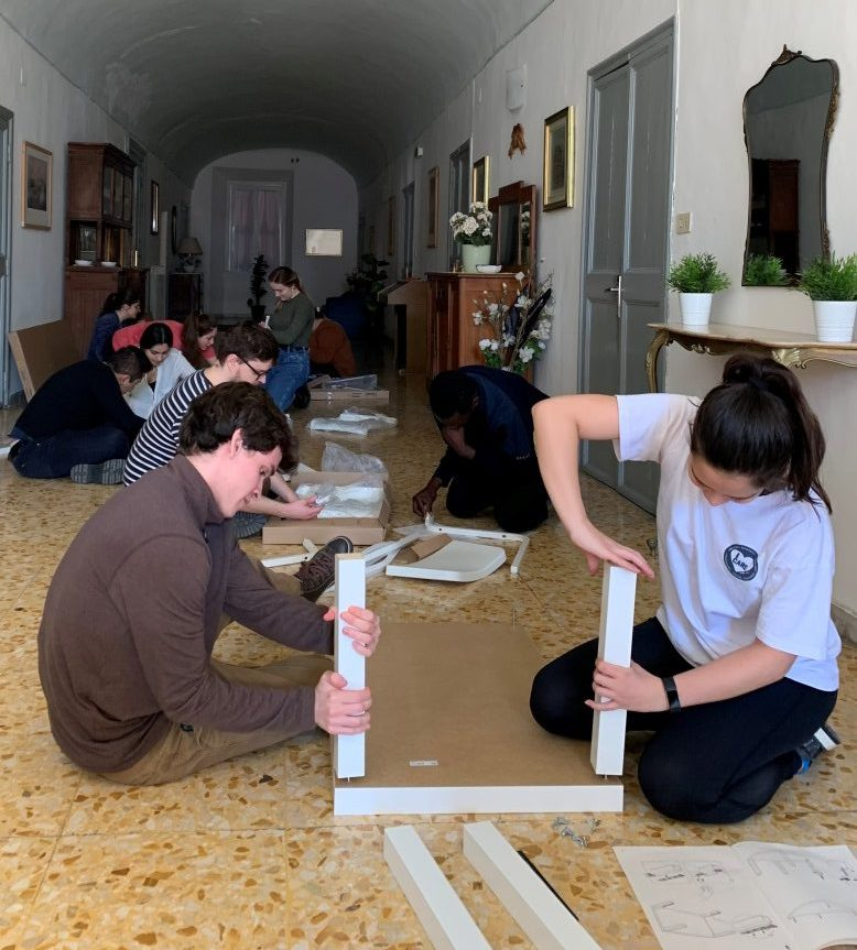 Volunteers at Casa del Papà