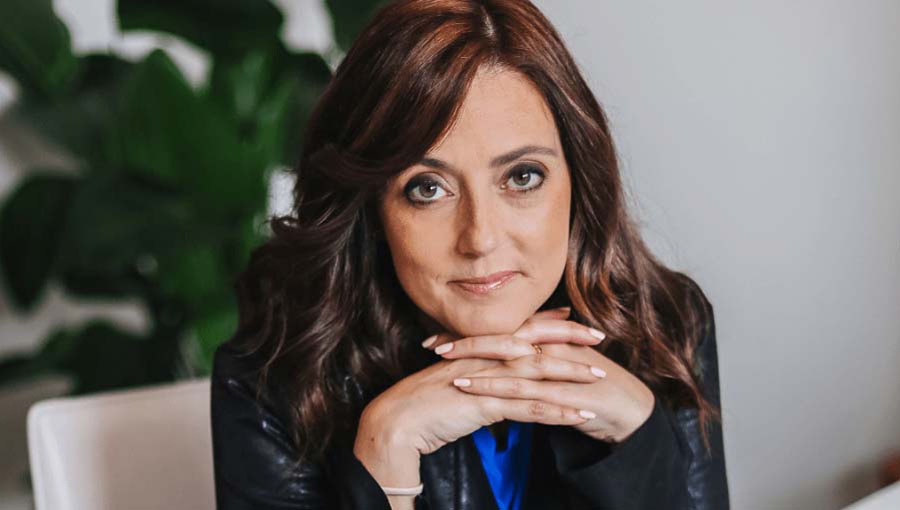 JCU Welcomes Jessica Cordova Kramer (CEO of Lemonada Media) for a Lecture on Podcasts